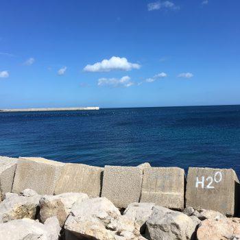 Morje Sicilija z znakom H20